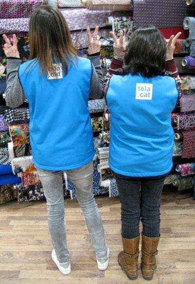 Núria i Teresa a la botiga